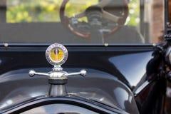 Vorbildliche T Ford Hood und Verzierung lizenzfreies stockbild