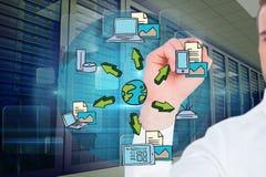 vorbildliche Zeichnung gegen Serverraumhintergrund lizenzfreies stockbild