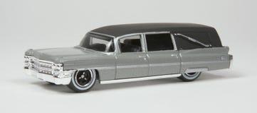 Vorbildlicher Minileichenwagen stockfotos