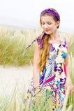 Vorbildliches Mädchen auf dem Strand Lizenzfreie Stockbilder