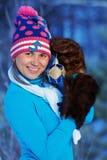 Vorbildliches Mädchen im Wald Lizenzfreie Stockbilder