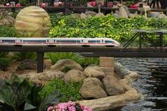 Vorbildliches Railroad Space u. Garten stockfotos
