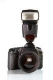 Vorderansicht der professionellen digitalen Fotokamera Lizenzfreie Stockbilder