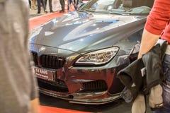 Vorderansicht von Auto BMWs M6 auf Belgrad-Autoshow 2 am 20. März stockbild