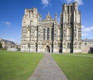 Vorderansicht von Wells-Kathedrale Lizenzfreie Stockfotos