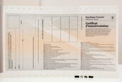 Vorderansicht von Zulassung- für Fahrzeugezertifikat certificat d ` imm lizenzfreies stockfoto