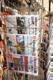 Vordere Abdeckungen von italienischen Zeitungen Stockbilder