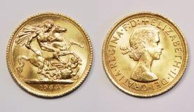 Vordere und Rückseite von einem Sterlingsgold des britischen Pfunds, alte Art, 1964 Lizenzfreie Stockfotografie