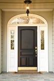 Vorderer Eingang des hochwertigen Hauses Lizenzfreies Stockbild