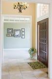 Vorderer Eingang zum Haus lizenzfreie stockbilder