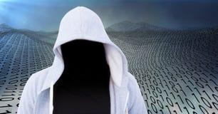 Vordergrund des grauen Pulloverhackers mit heraus stellen, vor Codemeer gegenüber Lizenzfreie Stockfotografie