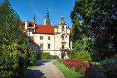 Vorderseiteansicht Pruhonice-Schlosses lizenzfreies stockbild