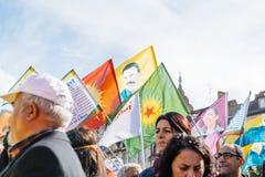 Vorführer, die gegen türkischen Präsidenten Erdogan polic protestieren Stockfoto
