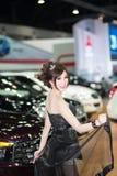 Vorführer im sexy Kleid an der 30. internationalen Bewegungsausstellung Thailands am 3. Dezember 2013 in Bangkok, Thailand stockfoto