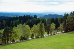 Vorfrühling in den Alpenbergen Lizenzfreie Stockfotografie