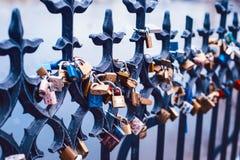 Vorhängeschlösser der Liebe Lizenzfreie Stockfotografie