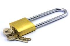 Vorhängeschloß und Schlüssel Lizenzfreie Stockfotos