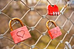 Vorhängeschlösser der Liebe Stockfotografie
