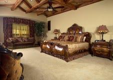Vorlagenschlafzimmer-eindeutiges Bett Lizenzfreie Stockbilder
