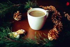 Vorm een koffie tot een kom Royalty-vrije Stock Foto