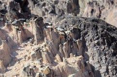 Vormingen door regenwater op zandige rotsen worden gemaakt die royalty-vrije stock foto