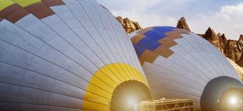 Vormingen van de de Brander de verbazende rots van hete luchtballons van Cappadocia stock foto's