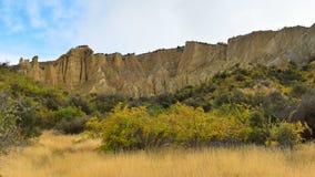 Vormingen van de de toppenrots van Clay Cliff de lange in Omarama royalty-vrije stock afbeelding