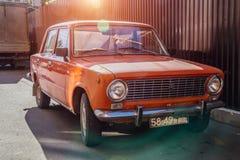 Voronezh Rosja, Wrzesień, - 17, 2017: Klasyczny sowiecki rocznik samochodowy LADA VAZ-2101 Obraz Stock