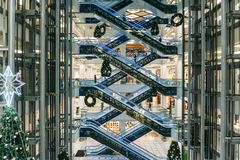 Voronezh, Rusland - December 14 2017: Moderne Handelswandelgalerij Stock Afbeelding