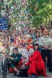 Voronezh, Russie : Le 12 juin 2015 Défilé des théâtres de rue sur la rue principale de la ville images libres de droits