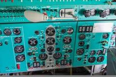 VORONEZH RYSSLAND - AUGUSTI 28, 2013: Inre flygplan IL-76 Royaltyfria Foton