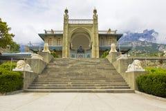 Vorontcovskiy slott, Crimea royaltyfri bild