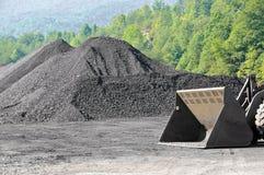 Vorrat der Kohle stockbild