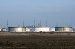 Vorratsbehälter der Erdölprodukte Stockfotografie
