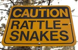 Vorsicht-Klapperschlangen-Zeichen Lizenzfreie Stockbilder