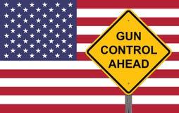 Vorsicht-Zeichen - Reglementierung von Waffenbesitz voran Stockfotos