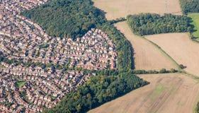 Vorstadtausbreitung nahe Luton, England Lizenzfreies Stockfoto