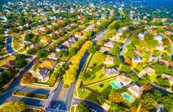 Vorstadtnachbarschaft außerhalb Austin Texas Aerial Views Lizenzfreie Stockfotos
