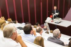 Vortrag an der Universität Stockfoto