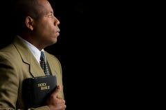 Vorwärts schauen durch Faith im Wort Lizenzfreie Stockfotos