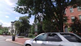 Vorwärtsder profil-Perspektiven-typische Capitol- Hillhäuser stock footage