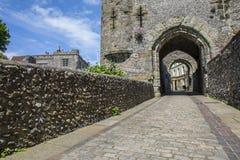 Vorwerk-Tor an Lewes-Schloss Stockbild