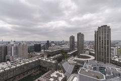 Vorwerk und Stadt Lizenzfreie Stockbilder