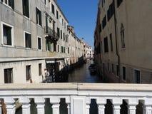 Vorzügliche Architektur von Venedig, von Italien, von Steinfassaden und von Gestaltungselementen, eine Reise zu Europa lizenzfreie stockfotografie