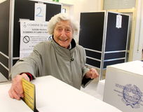 Votaciones de las elecciones de Italia Imágenes de archivo libres de regalías