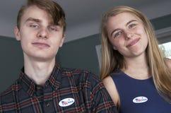 Votantes de la primera vez de los jóvenes Imagen de archivo