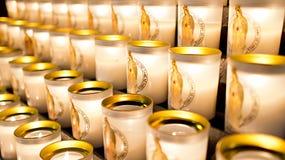 Votive κεριά καθεδρικών ναών της Notre Dame Στοκ φωτογραφία με δικαίωμα ελεύθερης χρήσης