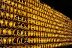 Votive Laternen während des Seelen-Festivals (Mitama Matsu Lizenzfreies Stockbild