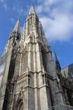 Votivkirche - Neo-gotisk kyrka (Wien/Österrike) Fotografering för Bildbyråer