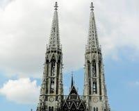 Votivkirche står högt Wien Arkivfoto